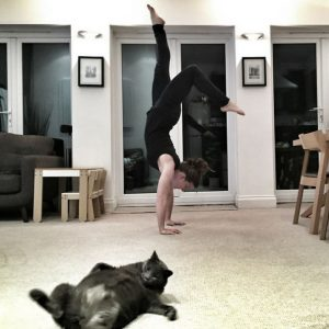 aprendiendo yoga