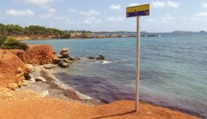 playa-para-perros-santa-eulalia-farrallo-ibiza