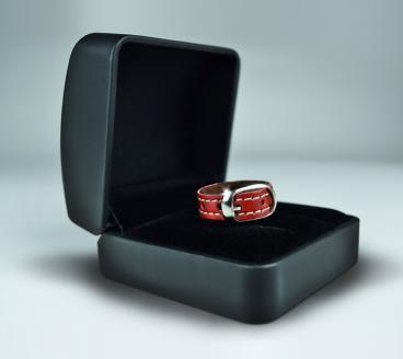 anillo de compromiso mascota