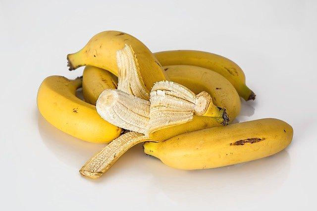 el plátano es un alimento prohibido para conejos